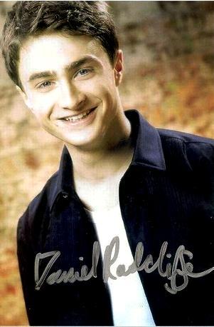 фото актера, игравшего Гарри Поттера с автографом, характер по подписи