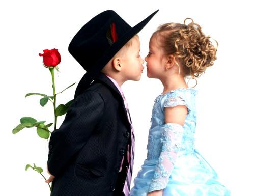 мальчик хочет поцеловать девочку, все о особенностях психологии девушек
